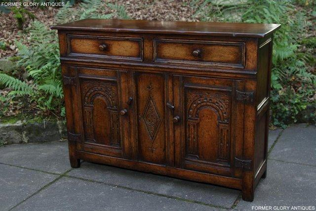Image 47 of A TITCHMARSH & GOODWIN OAK DRESSER BASE SIDEBOARD HALL TABLE