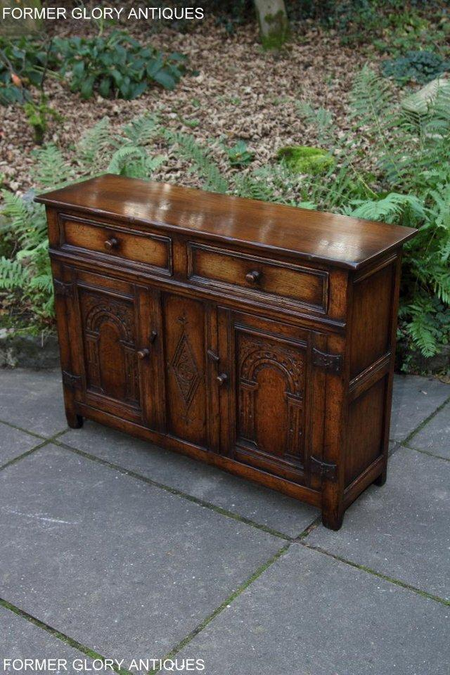 Image 65 of A TITCHMARSH & GOODWIN OAK DRESSER BASE SIDEBOARD HALL TABLE