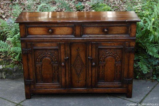 Image 81 of A TITCHMARSH & GOODWIN OAK DRESSER BASE SIDEBOARD HALL TABLE