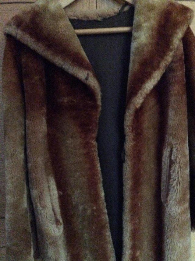 Image 3 of Woman's vintage royal cast best beaver lamb