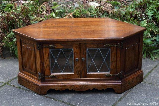 Strange An Old Charm Light Oak Corner Tv Dvd Cd Cabinet Table Stand For Sale In Uttoxeter Staffs Preloved Download Free Architecture Designs Grimeyleaguecom