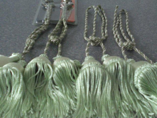 Image 2 of Curtain Tie Backs with tassels (Green and New)