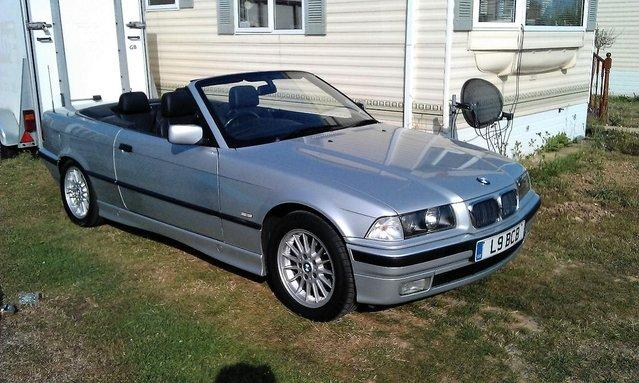 Bmw I Convertible Used BMW Cars Buy And Sell In The UK And - Bmw 323i convertible for sale