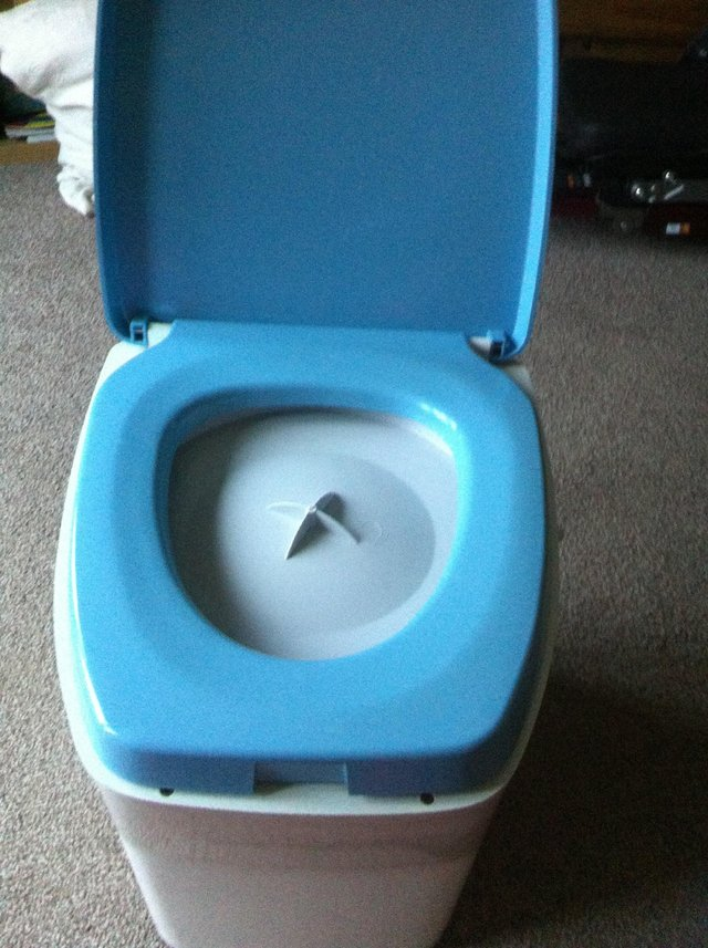 second hand portaloo - Used Caravans and Camping Equipment, Buy and ...