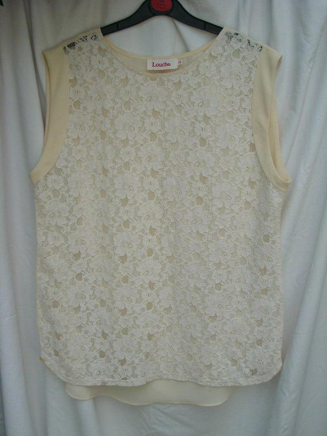 19d76fe85c6ac7 LOUCHE Cream Lace Sleeveless Top – Size 10 For Sale in Wimbledon ...