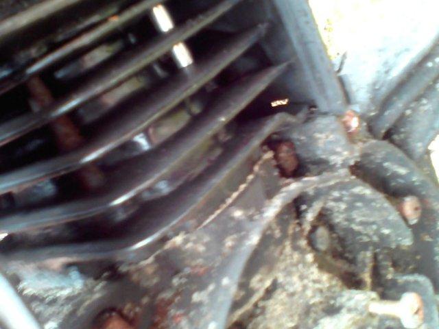 Image 3 of VESPA ET 2 2001 Engine spares repairs