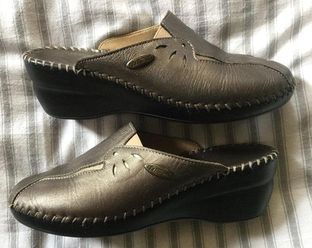 Image 2 of Sz 4 FLORANCE Anti-Shock Comfort Leather Mules