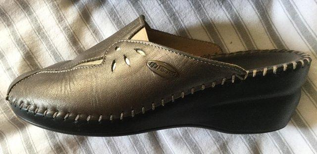 Image 9 of Sz 4 FLORANCE Anti-Shock Comfort Leather Mules