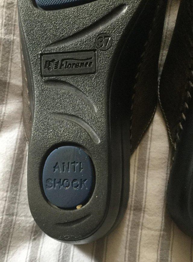 Image 10 of Sz 4 FLORANCE Anti-Shock Comfort Leather Mules