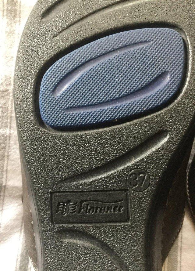 Image 12 of Sz 4 FLORANCE Anti-Shock Comfort Leather Mules