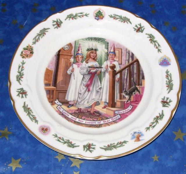 royal worcester christmas - Collectible China and Glass Buy and Sell in the UK and Ireland | Preloved & royal worcester christmas - Collectible China and Glass Buy and ...