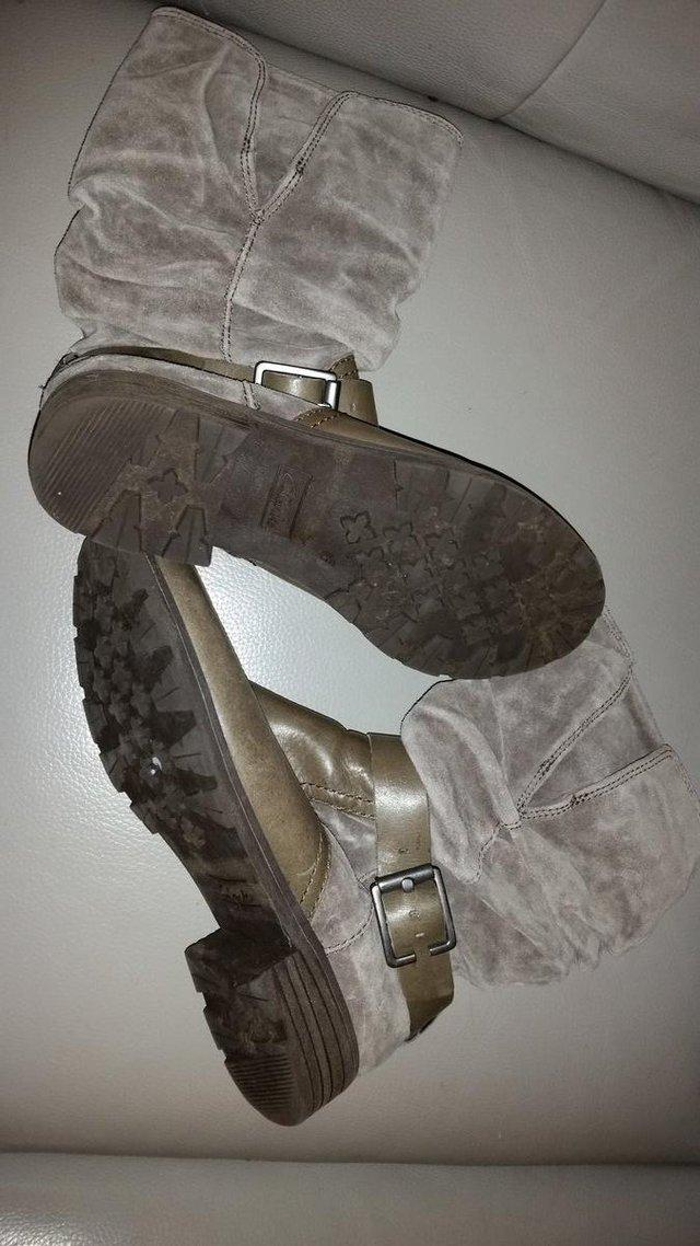 Image 3 of Clarks ladies grey leather & suede flat boots