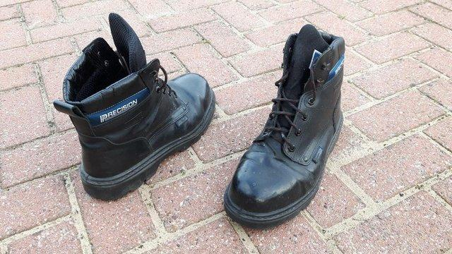 bc008bc9e30 Safety Work Boots, Leather, Steel Toe cap, Size 9 (43) For Sale in  Huddersfield, West Yorkshire | Preloved