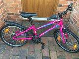 """Specialized Hotrock 20"""" Childs Mountain Bike, colour Pink - £120 no offers"""