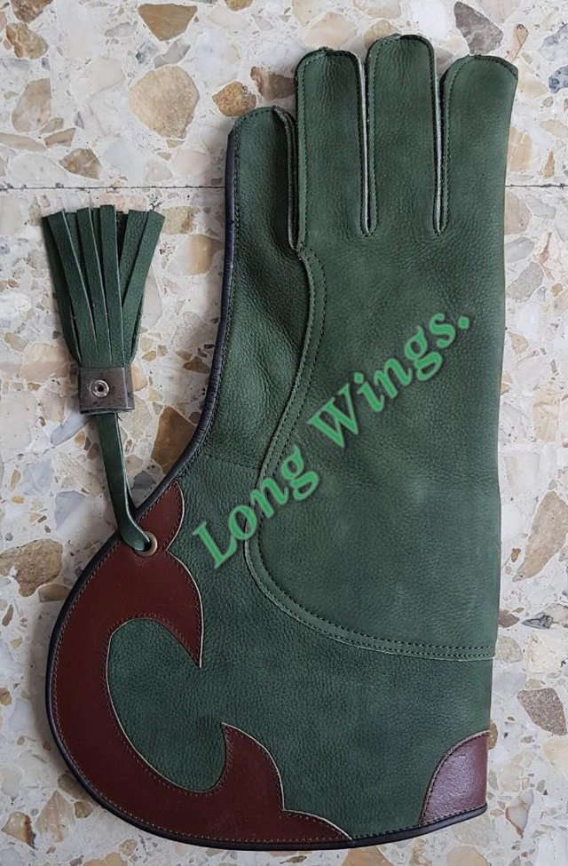 Falconry Gloves Double Skinned Nubuck Leather 35cm Long Olive Green M L Size.