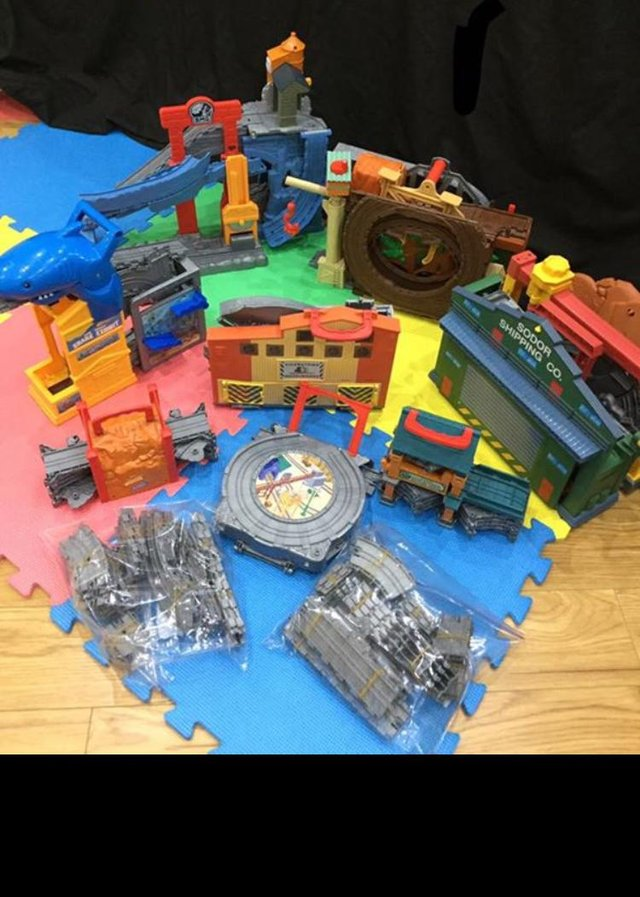 take and play thomas - Second Hand Toys and Games, Buy and Sell in ...