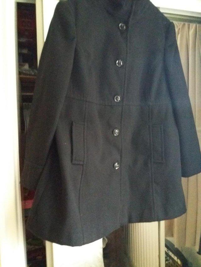 05e01e5c491 EWM Black ladies size 18 coat For Sale in Northwich
