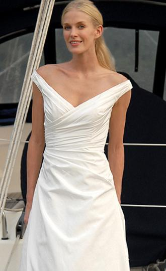 augusta jones - Second Hand Wedding Clothes and Bridal Wear, Buy ...