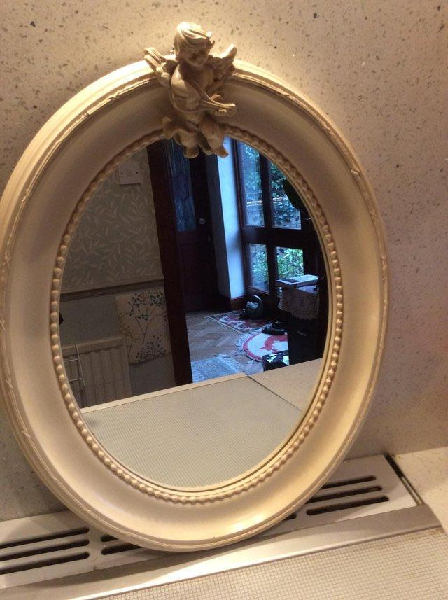Image 2 of Vintage cream Shabby Chic oval mirror.
