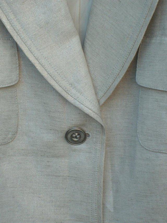 Image 3 of ARTHUR S LEVINE TAHARI Silver Trousers/Jacket Size 12/14