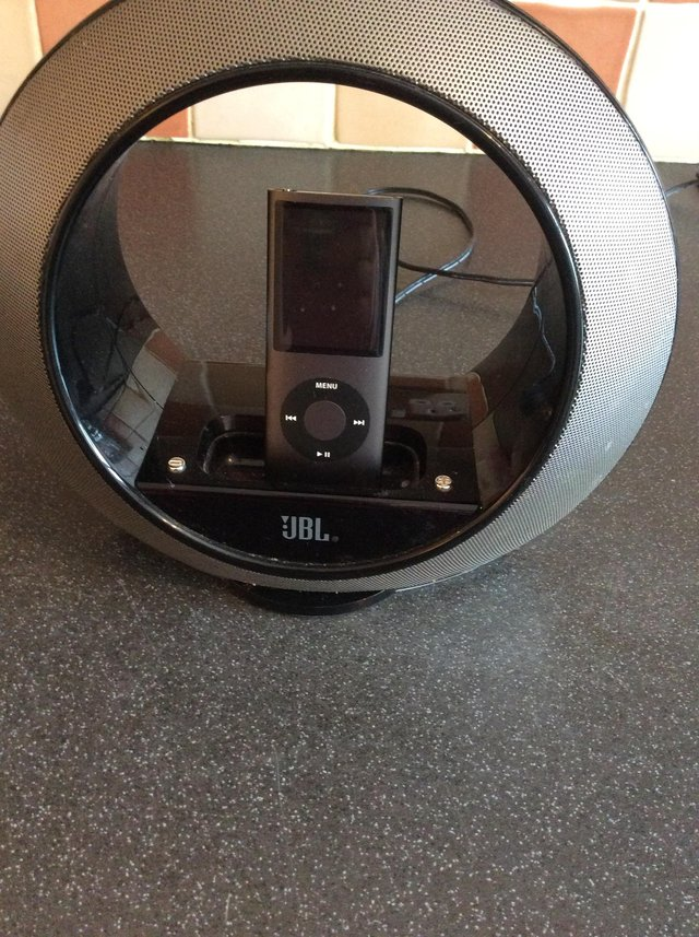 Preview of the first image of JBL iPod nano speaker AND iPod nano.