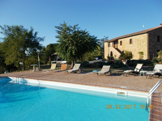 Preview of the first image of Furnished 8 bed 7 ensuite Tuscan Country house.