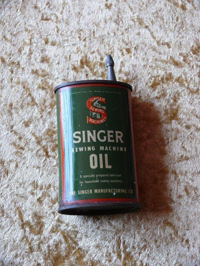 Image 2 of Vintage ++ Singer Oil Tin - oval
