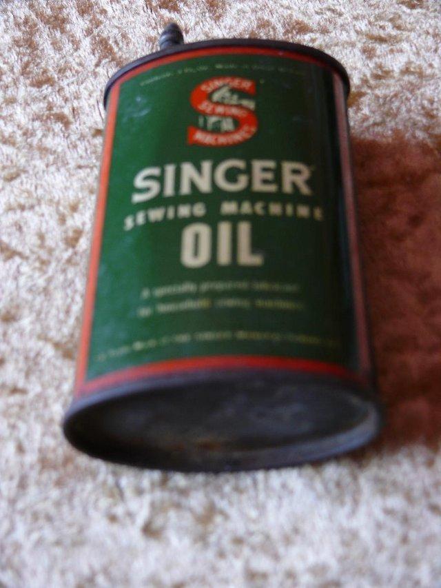 Image 3 of Vintage ++ Singer Oil Tin - oval