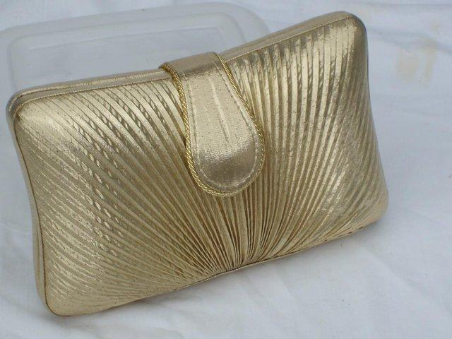 Preview of the first image of DENTS 1777 Vintage Look Gold Lamé Handbag/Clutch NEW!.
