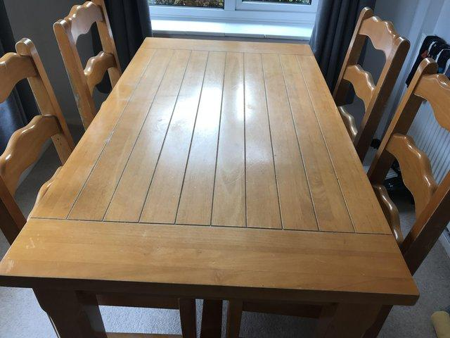 A Pine Dining Table And 4 Chairs For Sale Is Very Good Condition Have Bit Of Wear On The Backs