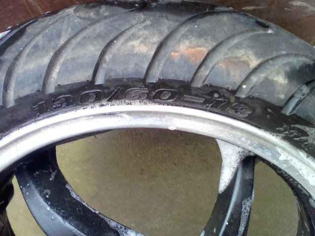 Image 2 of Boatian hb e4-hb REAR wheel with excellent tyre