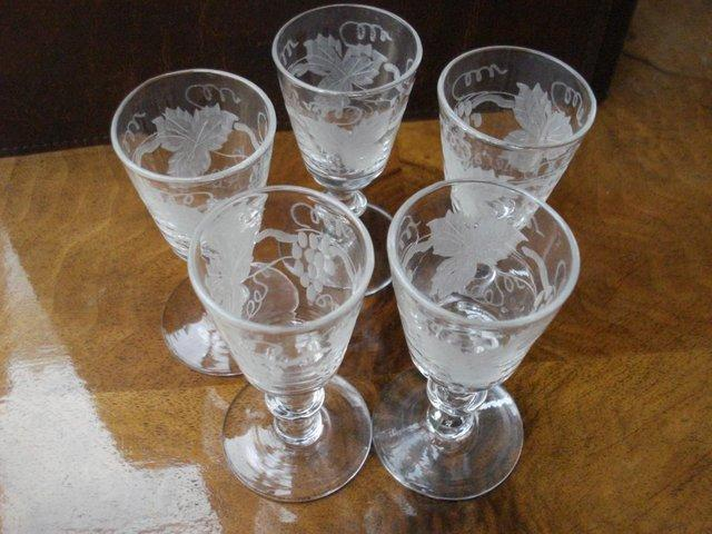 Preview of the first image of 5 x GLASSES ANTIQUE CUT GLASS SET STUART CRYSTAL STOURBRIDGE.