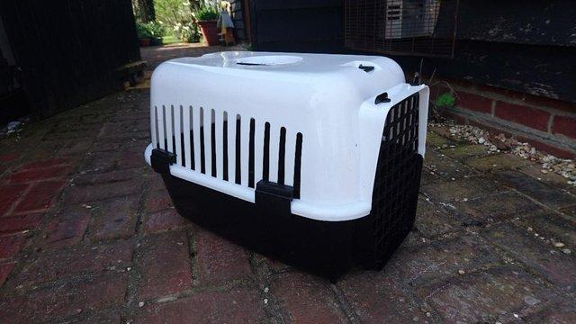 Preview of the first image of Cat Basket Carrier.
