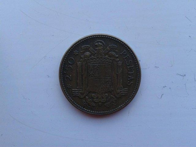 Preview of the first image of 1953 (56) Spain 2 ½ Pesetas Coin KM# 785 (VF+).