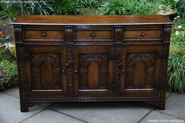 Preview of the first image of TITCHMARSH & GOODWIN STYLE CARVED OAK DRESSER BASE SIDEBOARD.