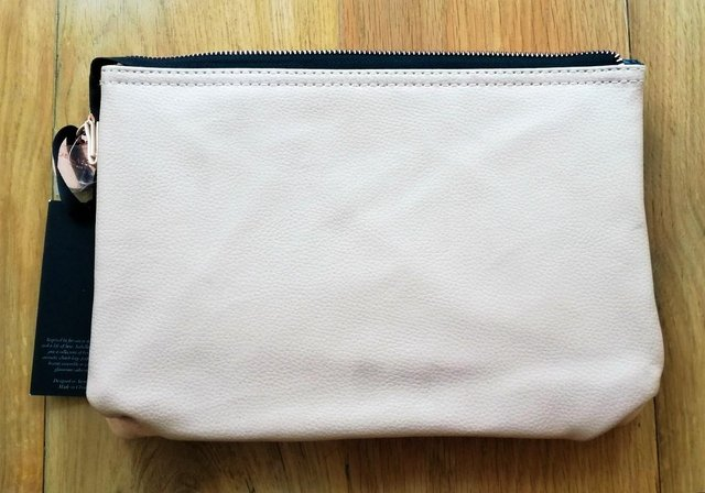 a8f398a578 ISABELLA SCOTT SYDNEY Cosmetic Bag Large Pale Peach. This advert is located  in and around Canterbury