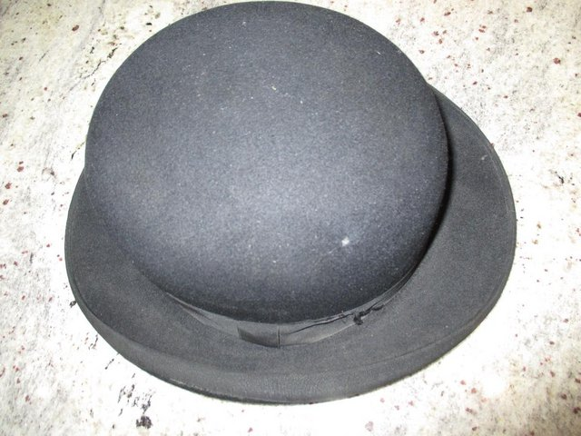 Preview of the first image of Old Bowler Hat in Black.