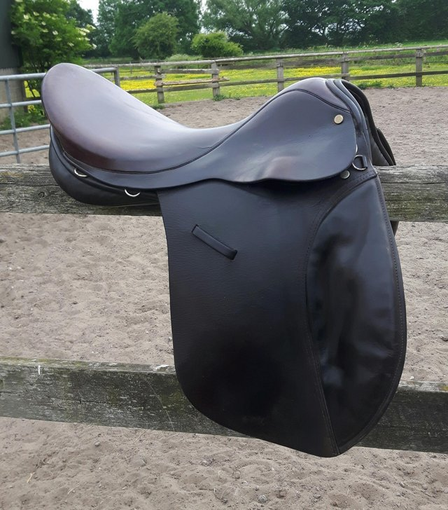 Image 2 of working hunter saddle