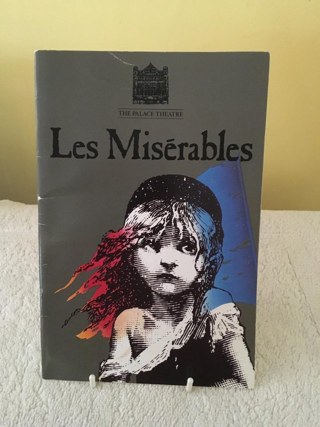 theatre programmes - Collectibles | Preloved