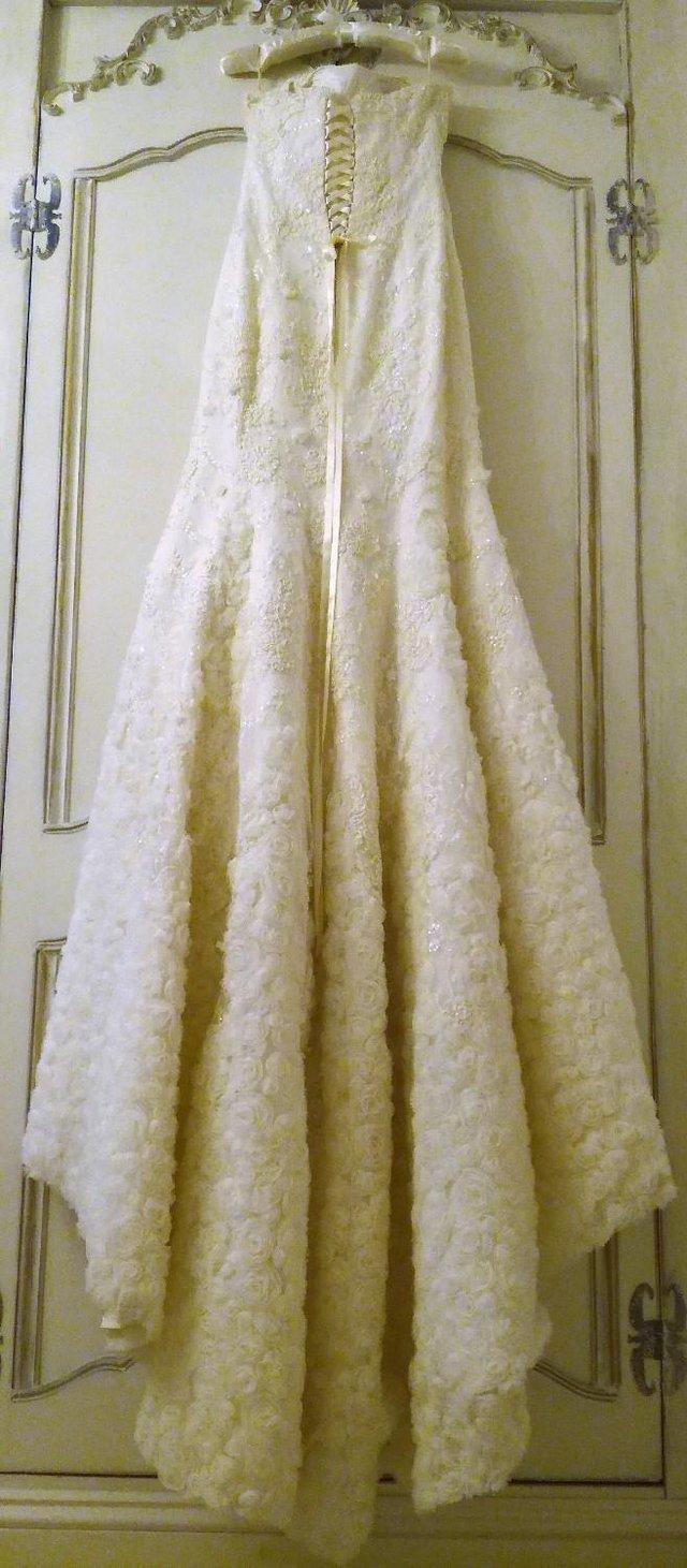 Image 3 of DESIGNER WEDDING DRESS FLEUR Cream Lace Pearls Diamante