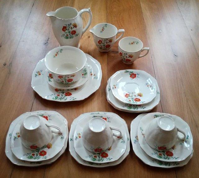 18 Pieces Alfred Meakin Tea Set Modern Design