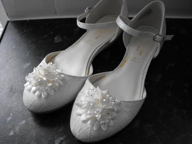 FLOWER GIRL SHOES SIZE UK 1 EURO 33 For