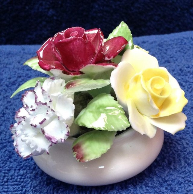Preview of the first image of Royal Doulton bone china posy bowl ornament.