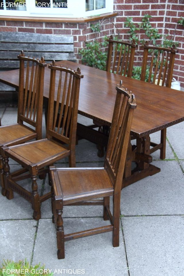 Image 10 of A NIGEL RUPERT GRIFFITHS OAK DINING SET TABLE & SIX CHAIRS