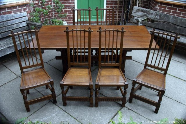 Image 14 of A NIGEL RUPERT GRIFFITHS OAK DINING SET TABLE & SIX CHAIRS