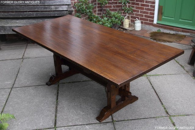 Image 59 of A NIGEL RUPERT GRIFFITHS OAK DINING SET TABLE & SIX CHAIRS