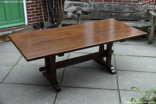Image 69 of A NIGEL RUPERT GRIFFITHS OAK DINING SET TABLE & SIX CHAIRS