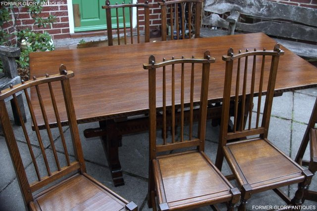 Image 79 of A NIGEL RUPERT GRIFFITHS OAK DINING SET TABLE & SIX CHAIRS
