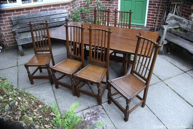 Image 84 of A NIGEL RUPERT GRIFFITHS OAK DINING SET TABLE & SIX CHAIRS