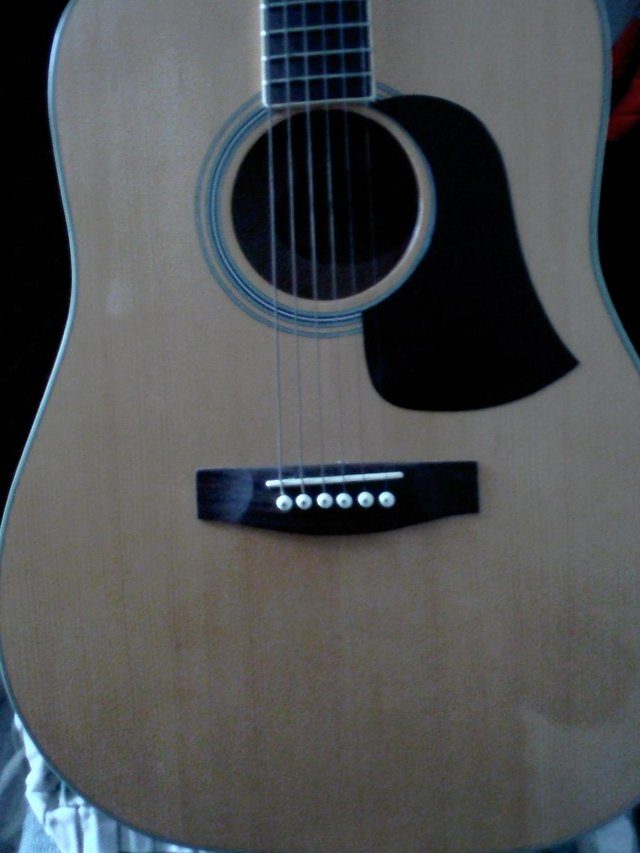Image 3 of ARIA QUALITY ACUSTIC GUITAR NOT USED MUCH